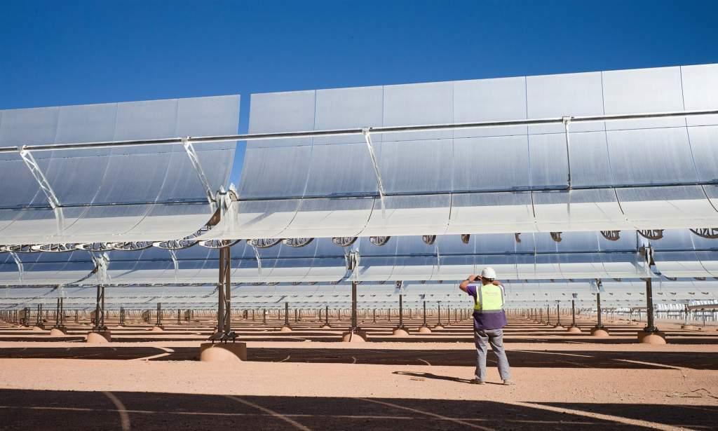 elektrownia sloneczna noor-1 maroko kolektory zwierciadla paraboliczne
