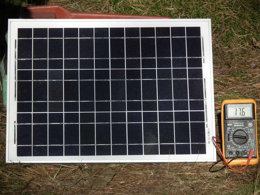 bateria słoneczna, czyli panel fotowoltaiczny składający się z 36 ogniw