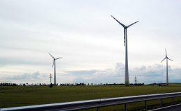 Czemu prąd może mieć ujemną cenę i dlaczego tak musi pozostać?